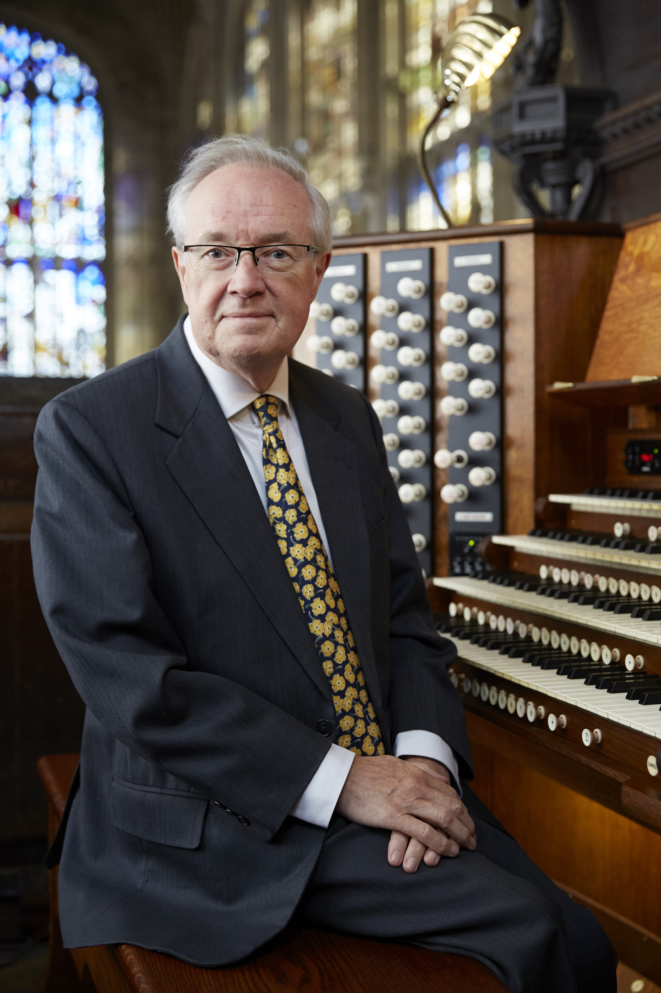 Stephen Cleobury at the King's Chapel organ console