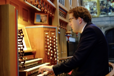 Daniel Hyde playing the organ