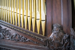 Close up with the Chapel organ